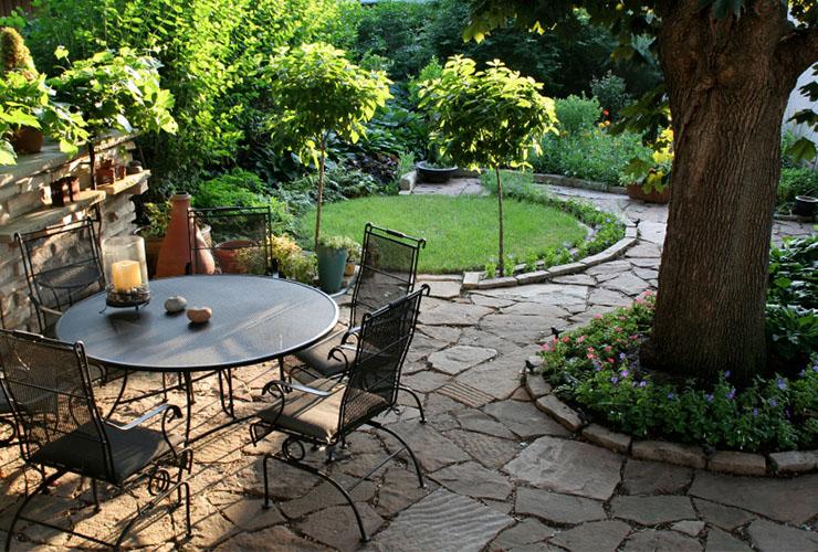 Table de jardin en fer forgé réalisée par votre ferronnier d'art à Millançay (41)